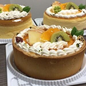 バースデーケーキ・デコレーション