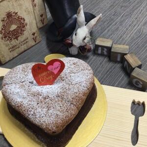 バレンタインにハートのガトーショコラ